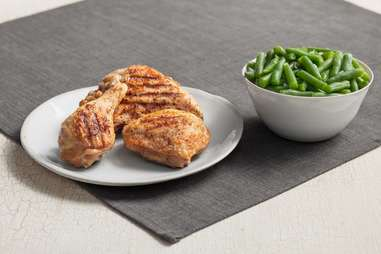 Kentucky grilled chicken and green beans keto
