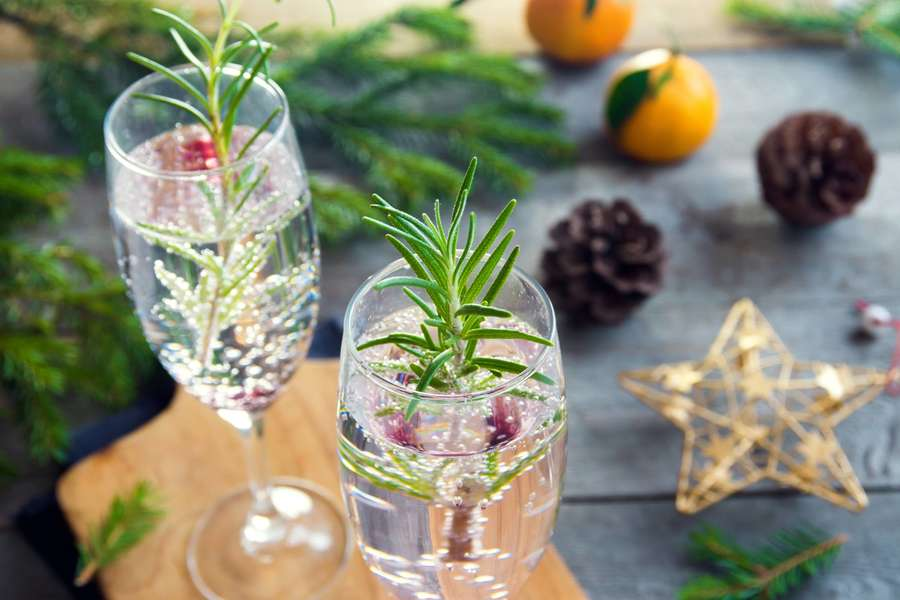 Easy 3-Ingredient Sparkling Wine Cocktails to Make You Look Fancy