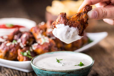 Chicken wings with dipping sauce