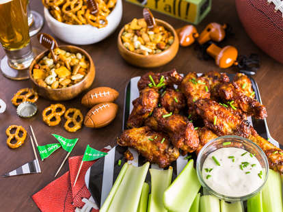 Super Bowl snack foods chicken wings