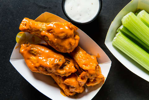 buffalo wild wings super bowl