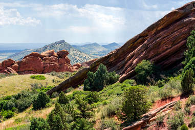 red rock formations amphitheatre