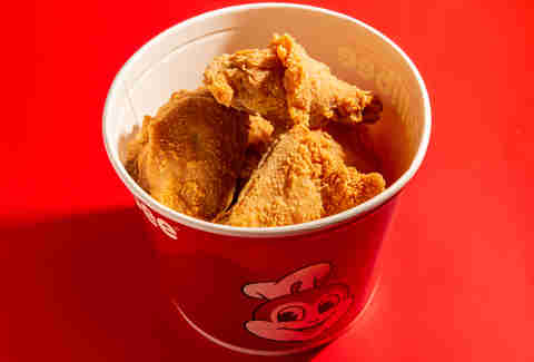jollibee chickenjoy fried chicken