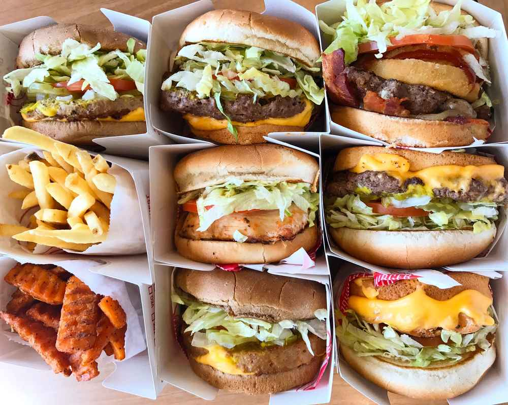 18 West Coast Restaurant Chains the Entire Country Needs