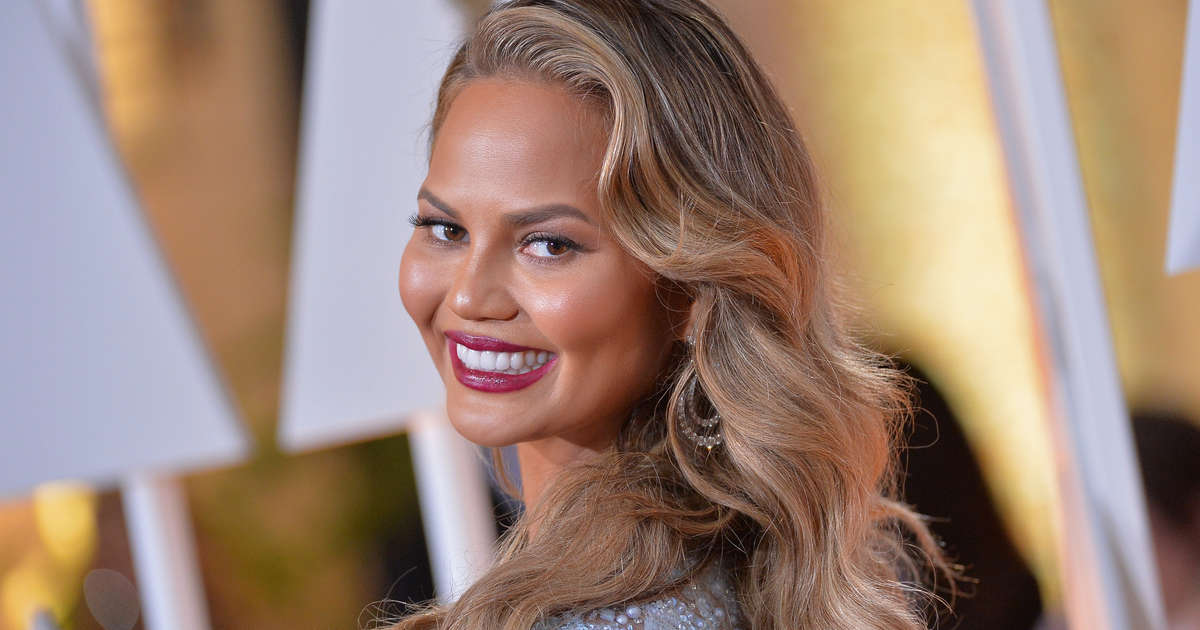 Chrissy Teigen Has Some Seriously Good Ideas for Taco Bell