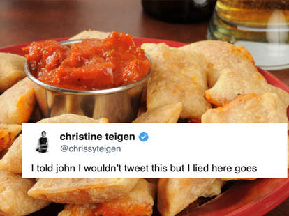 chrissy Teigen pizza rolls