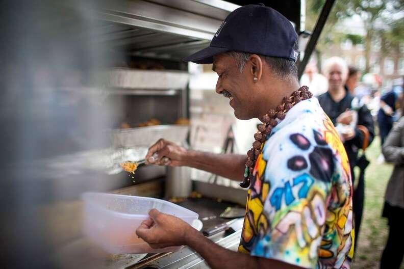 ny dosas food truck