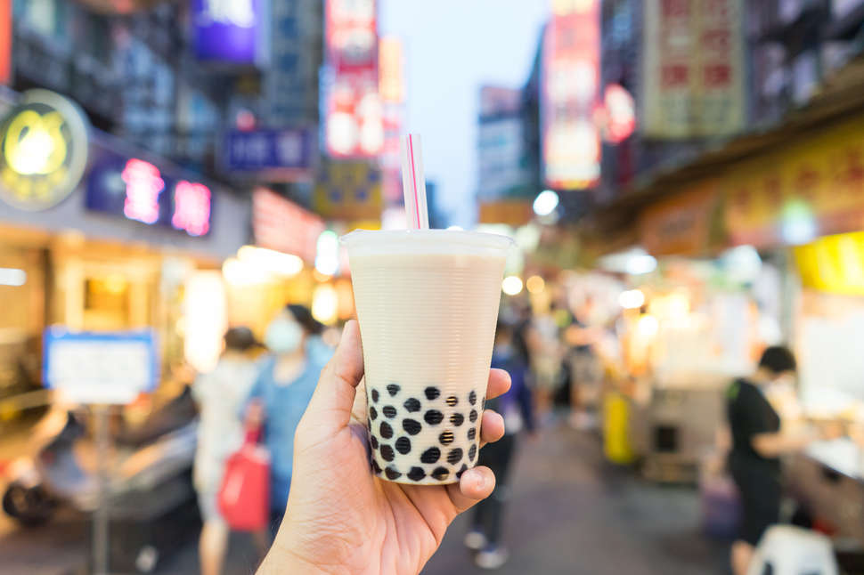 boba milk tea in taiwanese night market