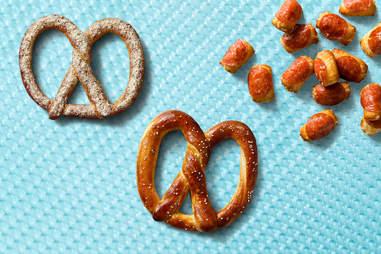 auntie anne's original salt pretzel pepperoni nuggets and parmesan garlic pretzel