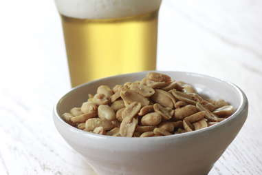 Blister peanuts