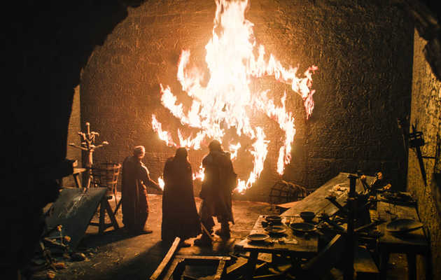 The Story Behind the Creepy Spiral in the 'Game of Thrones' Premiere's Scariest Moment