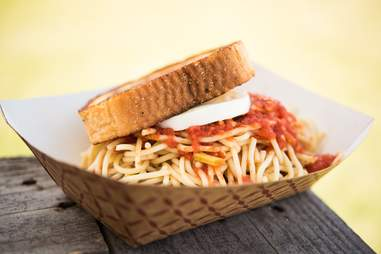MOM'S SPAGHETTI - 'Sghetti Sandwich