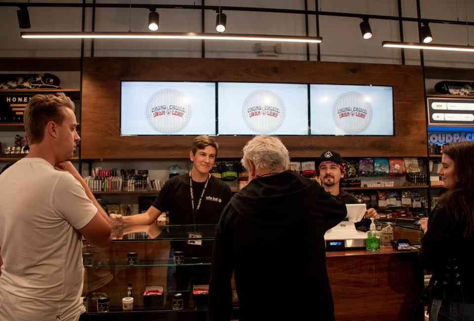 Best Recreational Marijuana Dispensaries in California