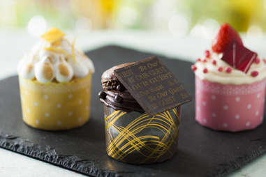 """Dessert at """"Beauty and the Beast""""-themed Be Our Guest"""