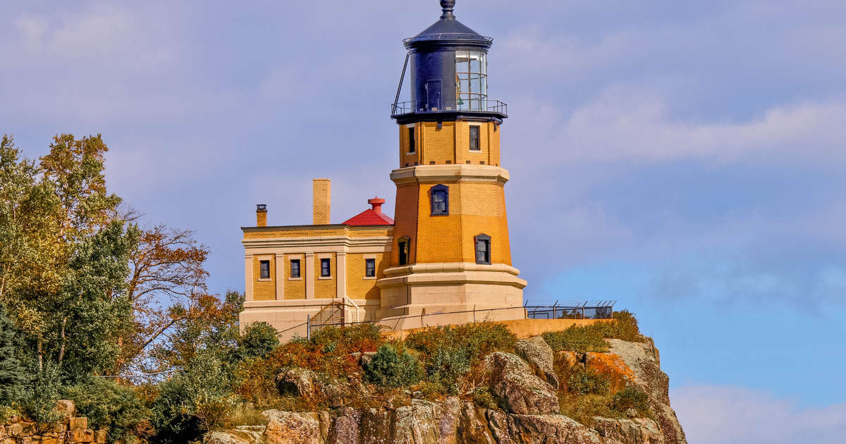 Get a Full-Time Job Take Care of a Lighthouse on a Cliff Over the U.S.'s Biggest Lake
