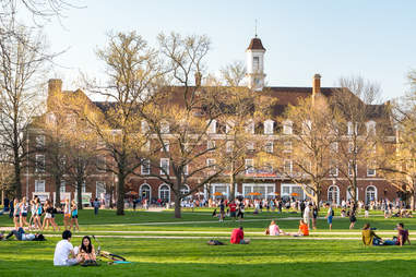 Quad lawn of University of Illinois