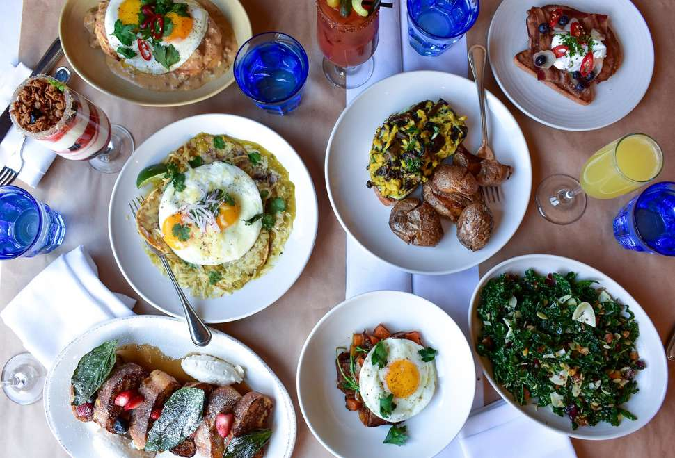 Restaurants Open On Christmas Day In Chicago 2019 Best Mother's Day Brunch in Chicago 2019: Restaurants Moms Will