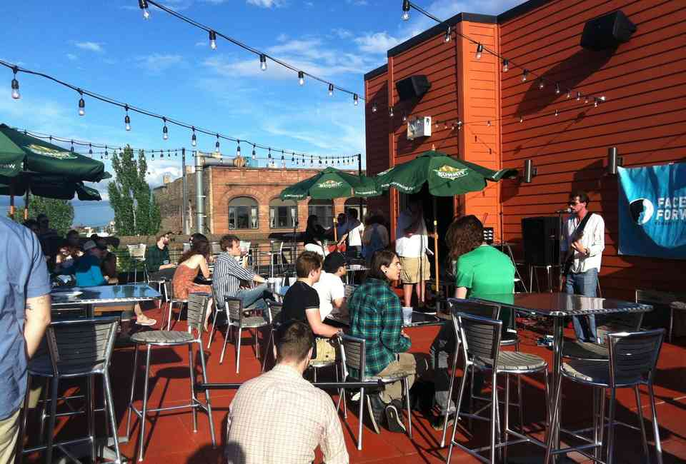 Best Rooftop Bars in Minneapolis & St Paul: Where to Drink