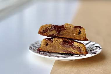 Seven Grams Caffé chocolate chip cookies