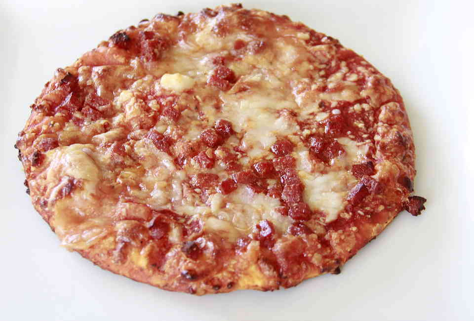 Peachy Best Frozen Pizza Brands Store Bought Pizzas Reviewed And Home Interior And Landscaping Ologienasavecom