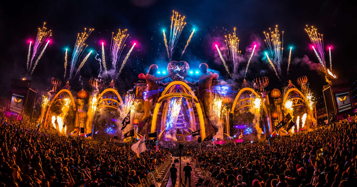 Electric Daisy Carnival: A Look Inside the Biggest Dance Party in Las Vegas