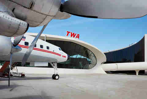 connie airplane lounge twa hotel