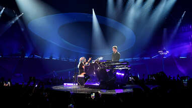 """LADY GAGA PERFORMS """"SHALLOW"""" WITH BRADLEY COOPER AT PARK MGM  """