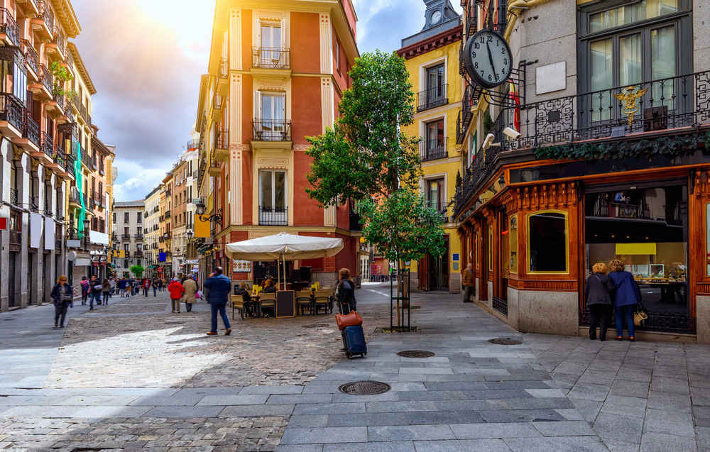 Grab $230 Round-Trip Flights to Spain Right Now