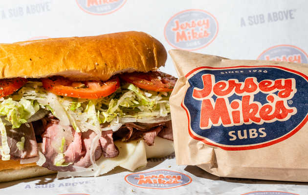 Can Jersey Mike's Beat Subway as the New Lunchtime Sandwich King?