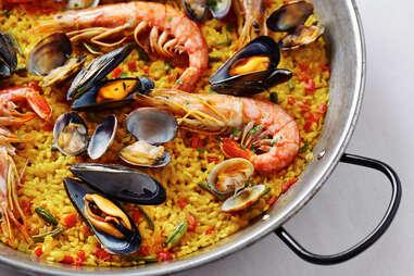 seafood paella sea food spanish rice mussels shrimp fish clams
