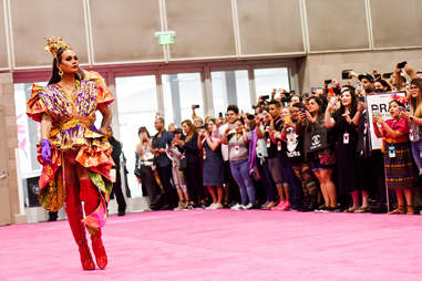 The world's best drag queens gather to spill the tea at DragCon.