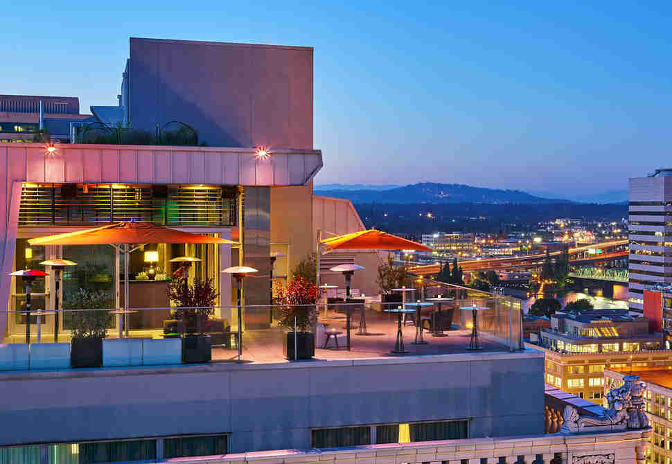 Best Rooftop Bars in America: Where to Drink With a View ...