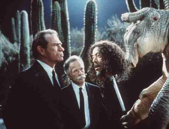 Why The Original Men In Black Movie Is Still So Good