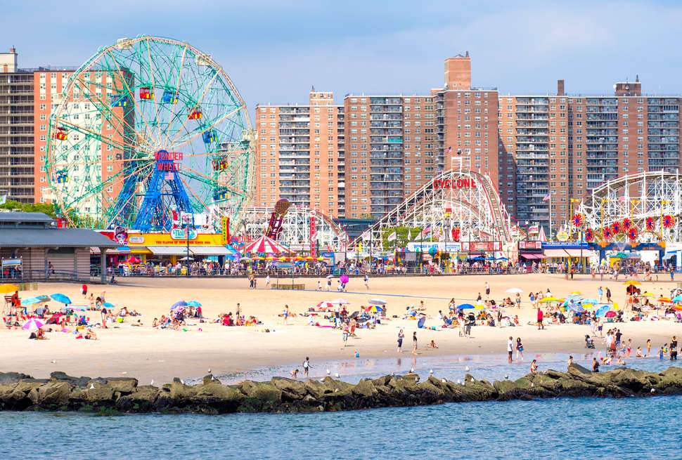 Coney Island Hours >> Things To Do In Coney Island Best Rides Restaurants Beach Spots