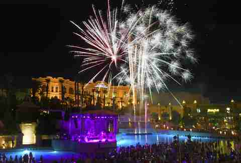 Mandalay Bay Beach fireworks