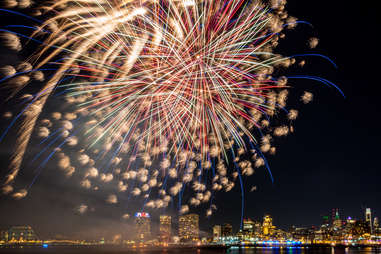 Fireworks over Delaware river between Philadelphia, PA and Camden, NJ