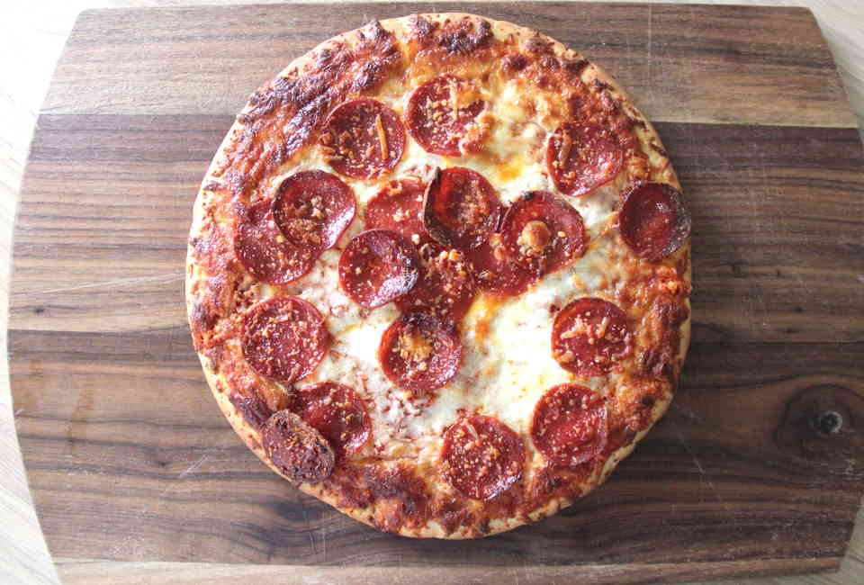 Pan Crust Round Table.Best Frozen Pizza Brands Store Bought Pizzas Reviewed And Ranked
