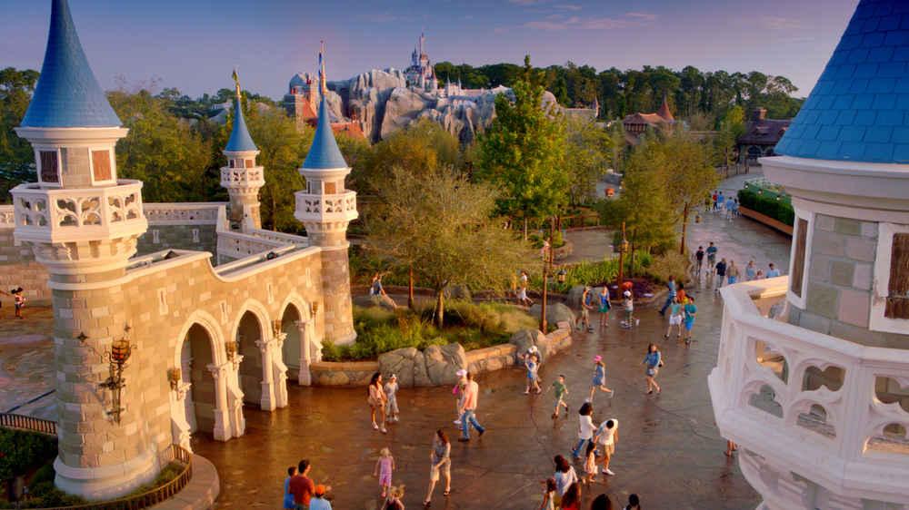 The Ultimate Walt Disney World® Resort Travel Guide