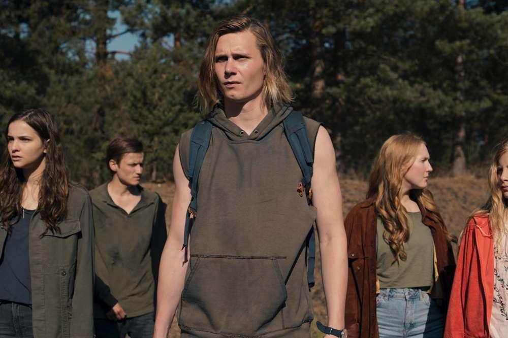 Dark Season 3 Release Date Trailer Cast Everything We Know So Far Thrillist