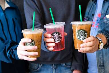 starbucks cups with straws