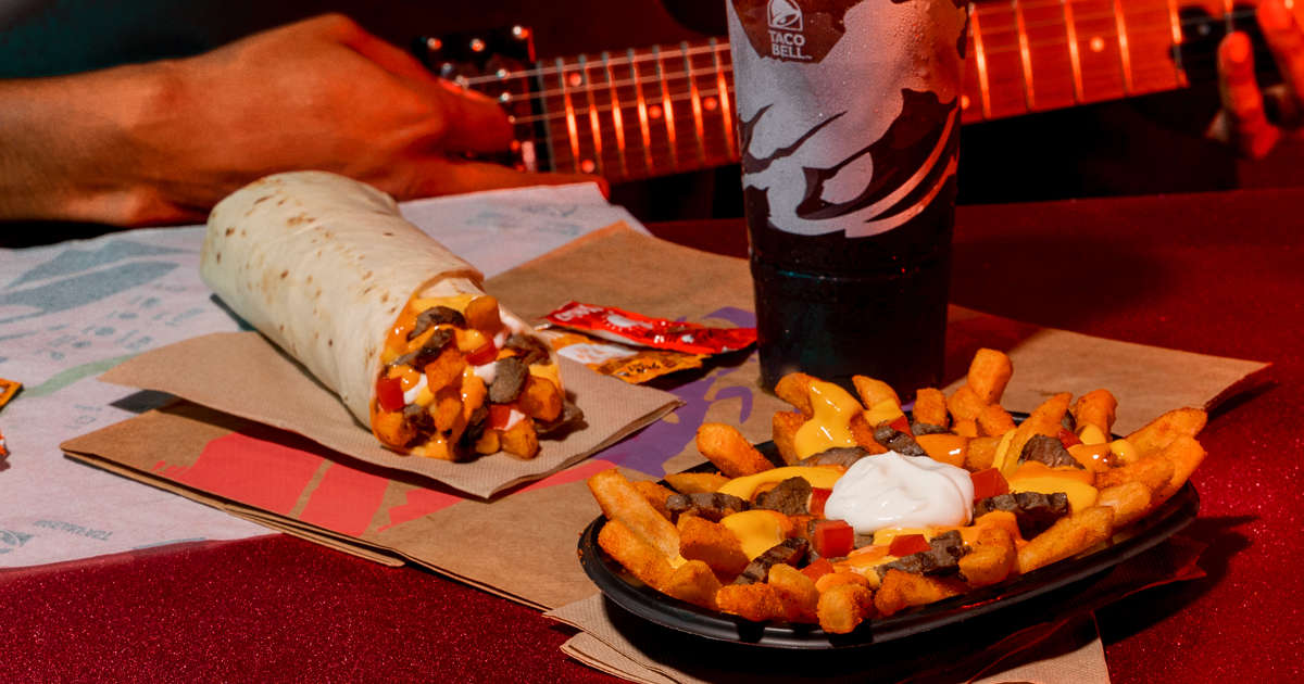 Taco Bell Just Unleashed Extra-Spicy 'Reaper' Nacho Fries Nationwide