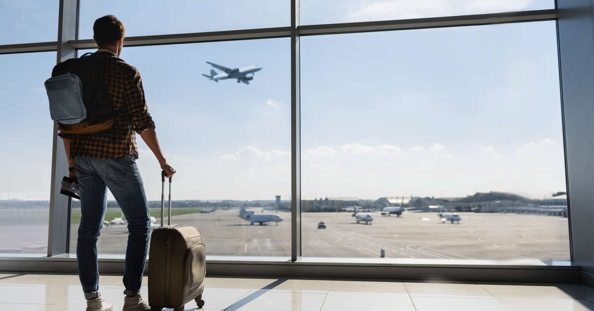 13 Travel Essentials to Keep Stashed in Your Carry-On