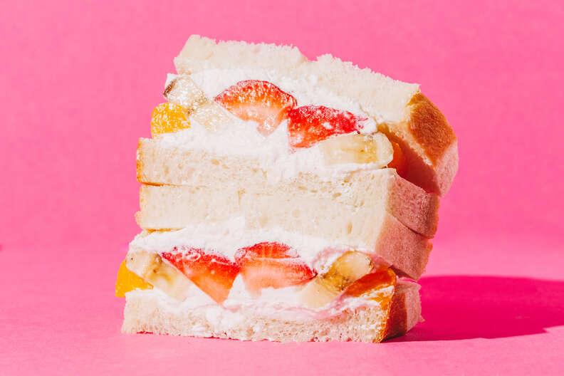 hi-collar fruit sando