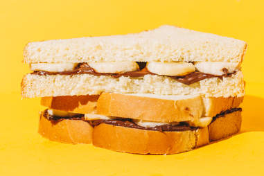 Grilled banana and nutella sandwich