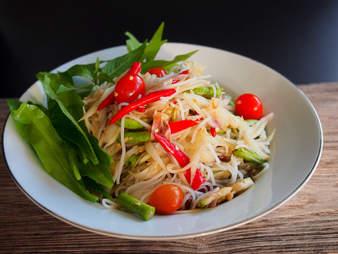 tum khao poon lao thai food papaya salad