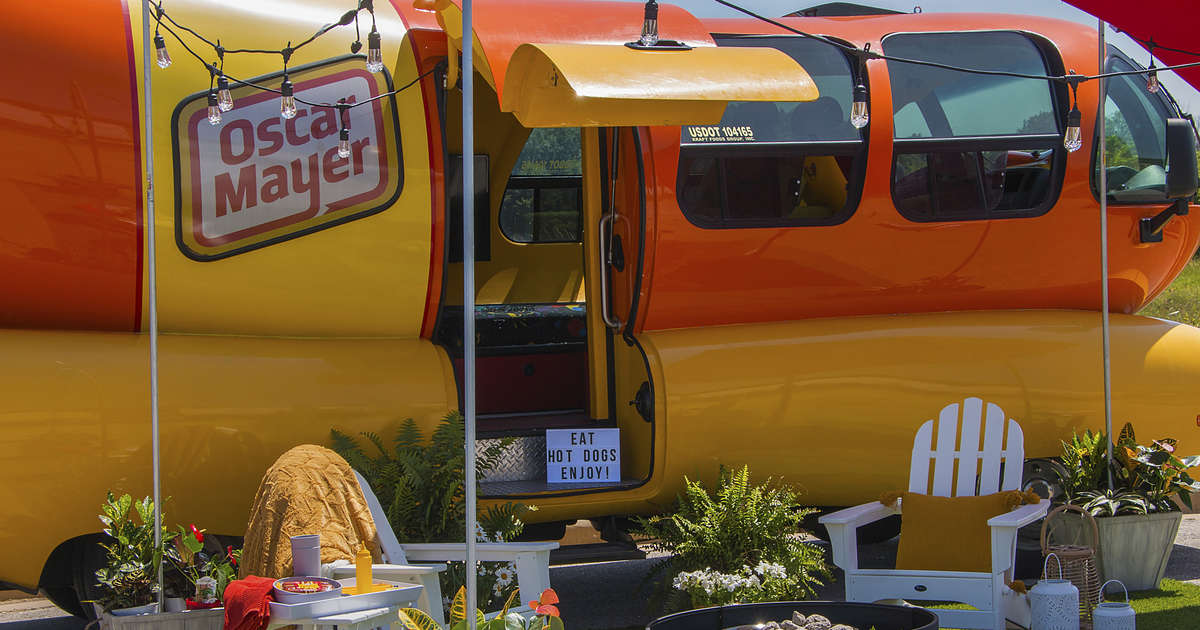 You Can Spend the Night in the Oscar Mayer Wienermobile on Airbnb