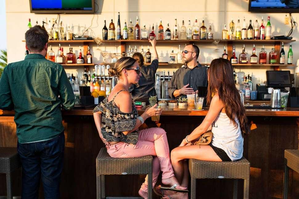 Best Date Ideas in Charleston: Fun & Romantic Date Night Activities
