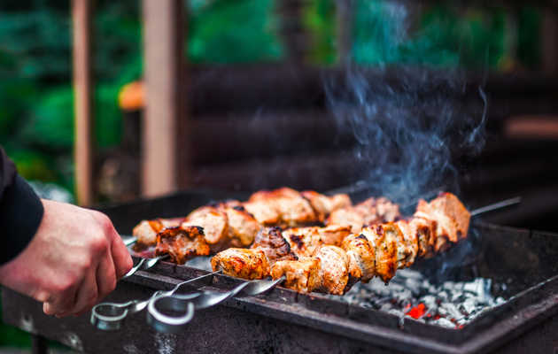 Everything You Need to Know About Grilling with Skewers