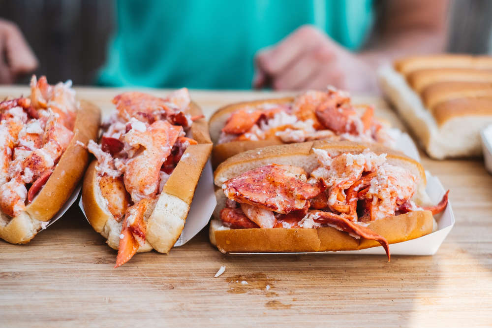 Best Lobster Rolls in NYC: Good Places to Get Them in the City - Thrillist