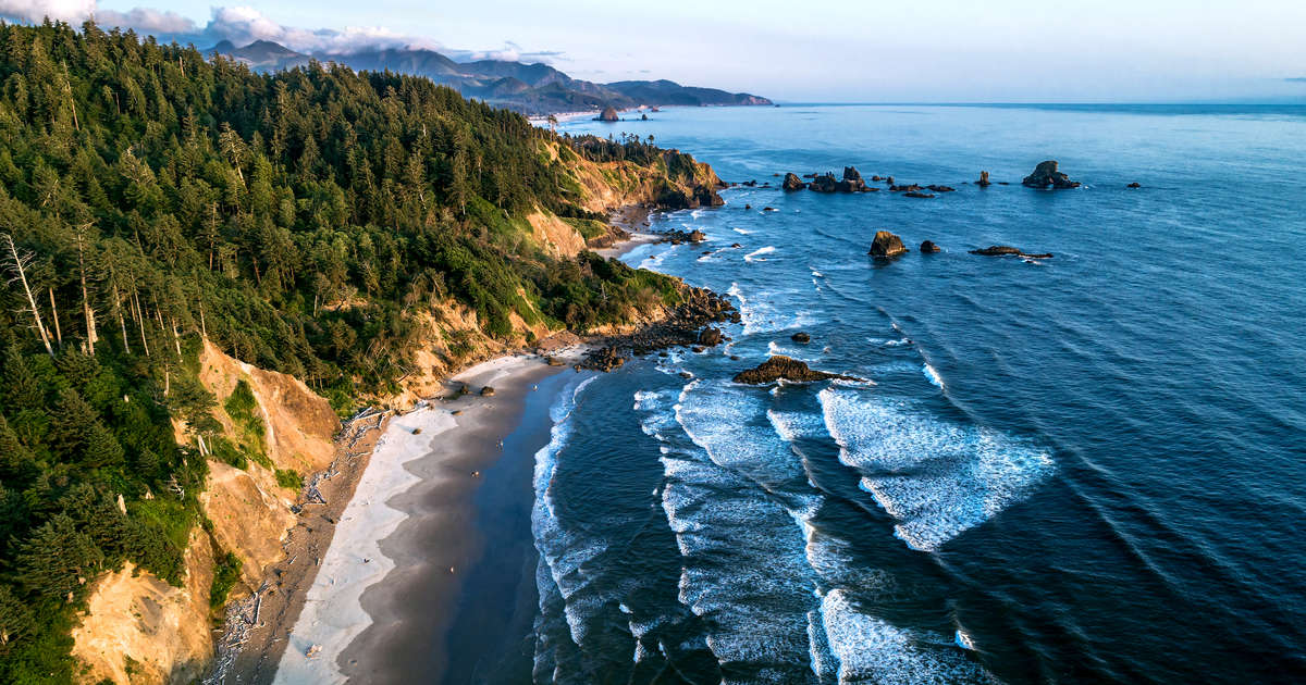 Best Oregon Beaches And Beach Towns In